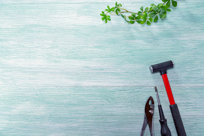 DIY工具 金槌、ドライバー、ペンチ