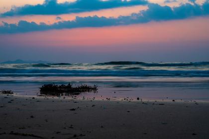 岩屋海岸の夕暮れ