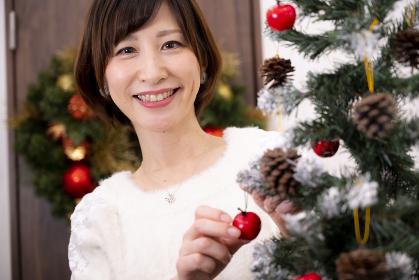 【東京都】クリスマスツリーの飾りつけ【2020】