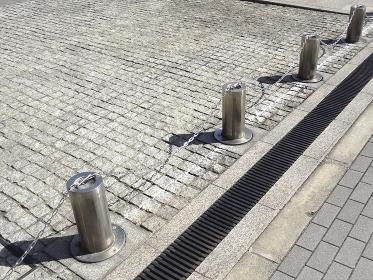 公共施設の車止め