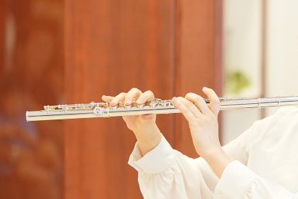 フルートの演奏