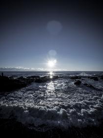神磯の鳥居 茨城県大洗磯前神社の夜明け