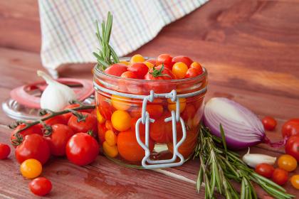 insert fresh tomatoes