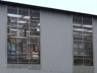 倉庫の採光用のビニールトタン
