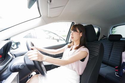 交通事故・危険運転イメージ