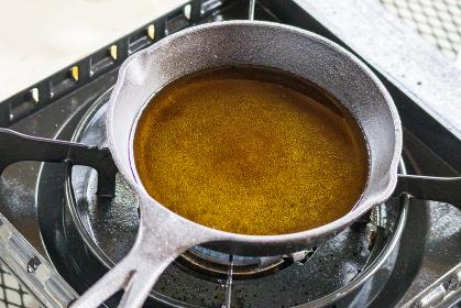 油を引いた鍋 スキレット 5665