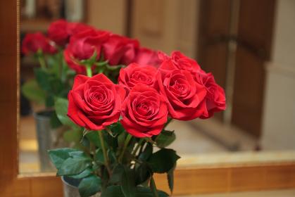 バラの花束 ゴージャス 結婚式イメージ