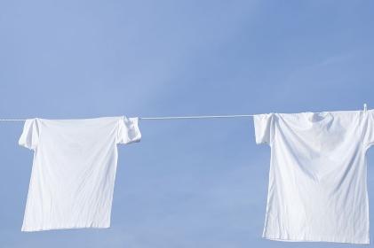 青空と白いTシャツ