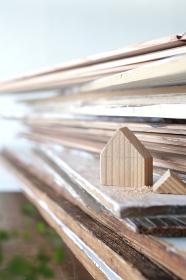 DIYの木工道具と木材