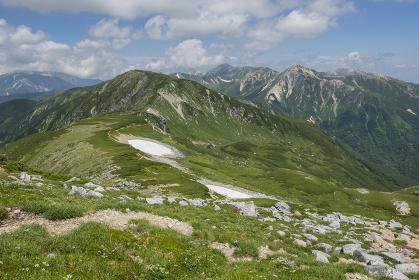 双六岳から三俣蓮華岳方面の風景(長野県、岐阜県)