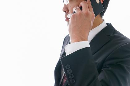 通話するビジネスマン