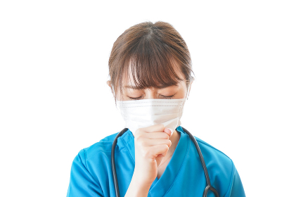 感染症にかかり体調不良に苦しむ医療従事者