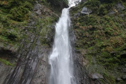 群馬県・赤城山 赤城不動大滝(滝沢の不動滝)