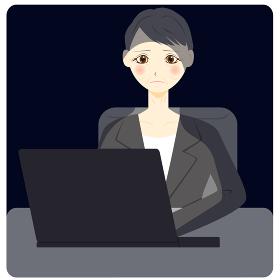 暗い パソコン 会社員 ミドル 女性
