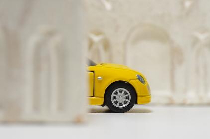 交通事故(飛び出し注意)のイメージ素材