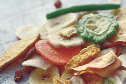 野菜と果物のチップス