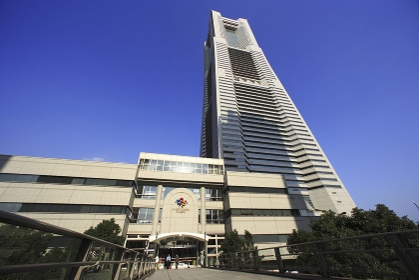 横浜ランドマークタワー