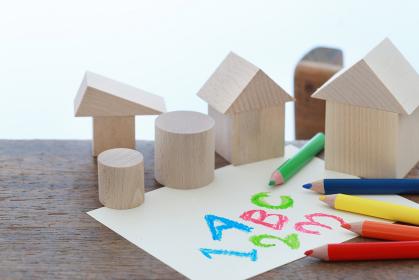 積み木とお絵かきと幼児教育