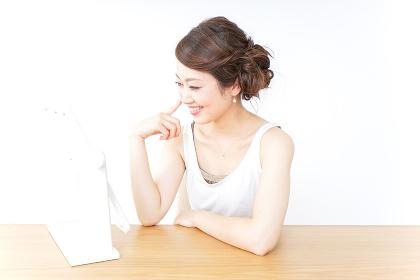 女性メイクイメージ