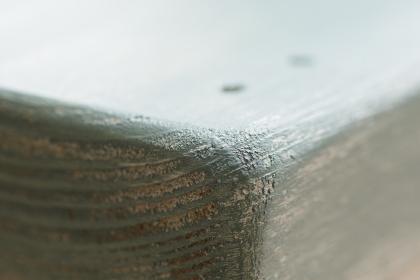 水色のペンキが塗られた木材のレトロなグラフィック素材
