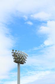 スポーツグラウンドの照明
