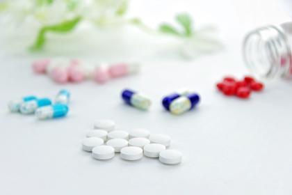 たくさんの錠剤