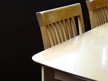 食卓と椅子