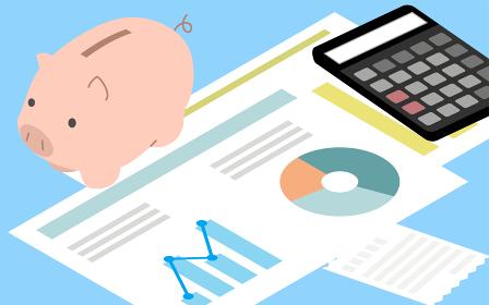 お金の教育イメージ、豚の貯金箱と電卓と家計の分析グラフ、アイソメトリック