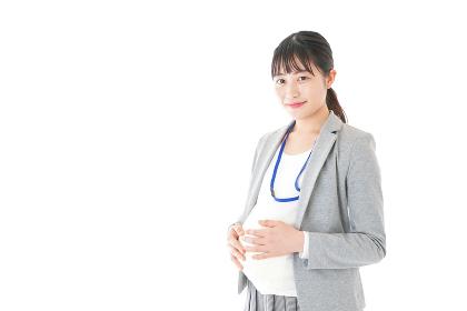 妊娠中の若いビジネスウーマン