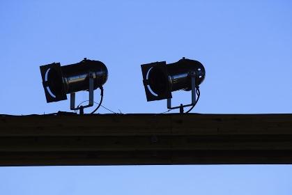 イベントの照明器具のシルエット