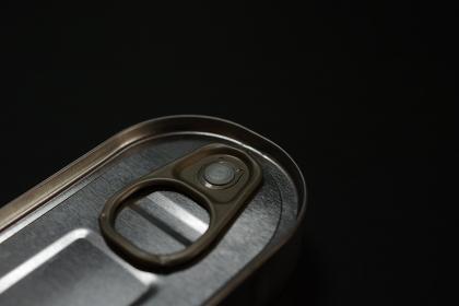アンチョビ缶詰のグラフィック素材
