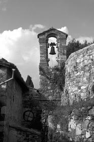 イタリア、トスカーナ地方の村の鐘