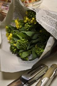 食卓の菜の花