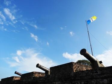 大砲と青空、マレーシア・ペナン島