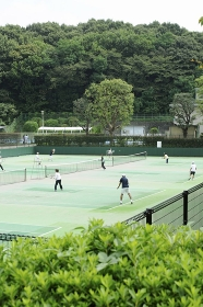 三ツ池公園のテニスコート
