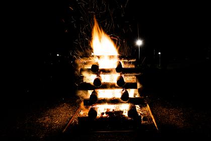 キャンプファイヤー キャンプ場 火 炎