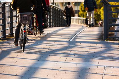 日本、横浜みなとみらい・早朝の新港橋