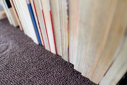斜め上から見たコミック本のイメージ