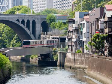 鉄道 丸ノ内線