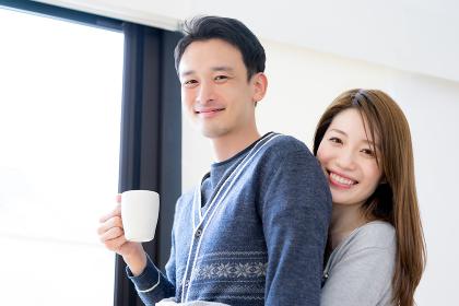 コーヒー・朝・カップル