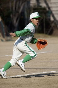 少年野球の守備練習