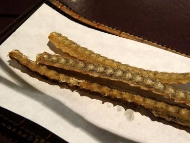 鰻の骨のフライ