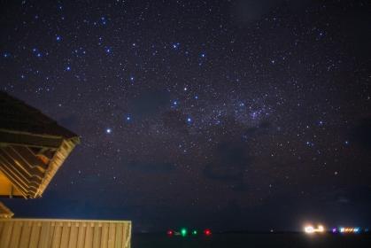 モルディヴ・南国のリゾートで眺める星空