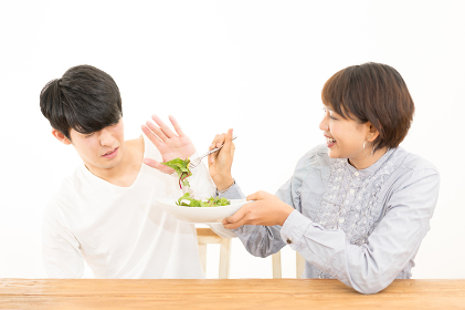 野菜が苦手な若いカップル