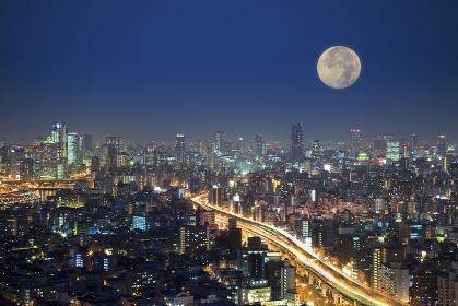 都会と月の合成