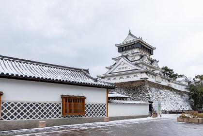 雪の小倉城