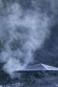 温泉施設の湯煙