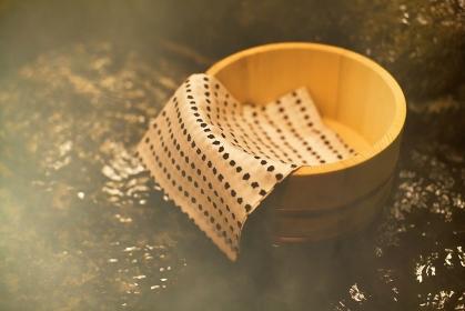 桶と手拭い