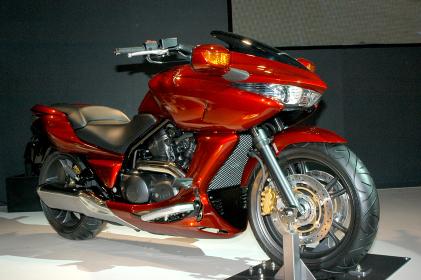 スーパーツーリングバイク