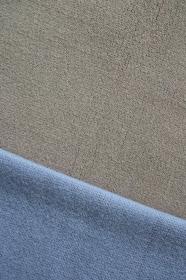 ブルーとグレーのニットで作る背景 9 縦位置